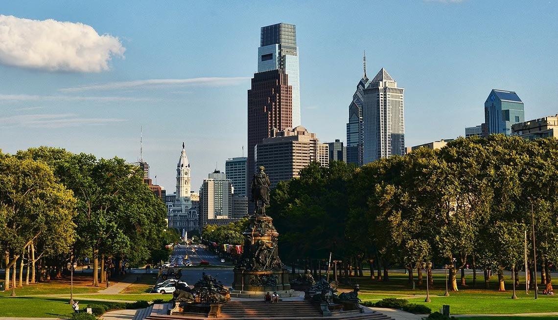 Broad Street, Philadelphia, Skyline, Park, AARP Foundation Experience Corps Cities