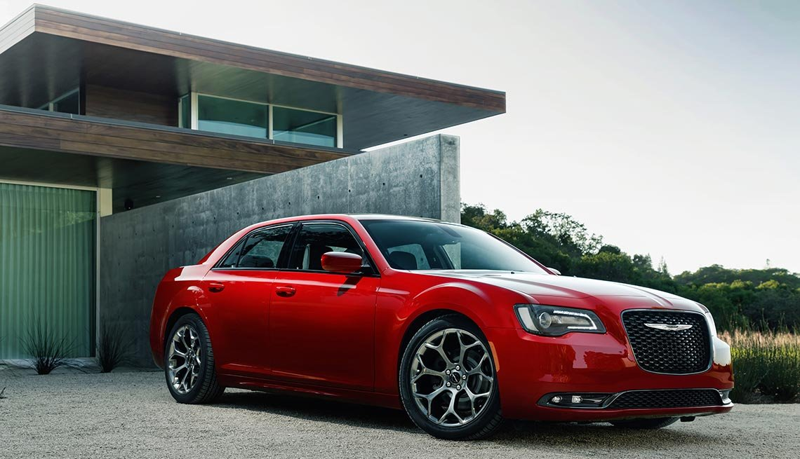 great road-trip cars , 2016 Chrysler 300S