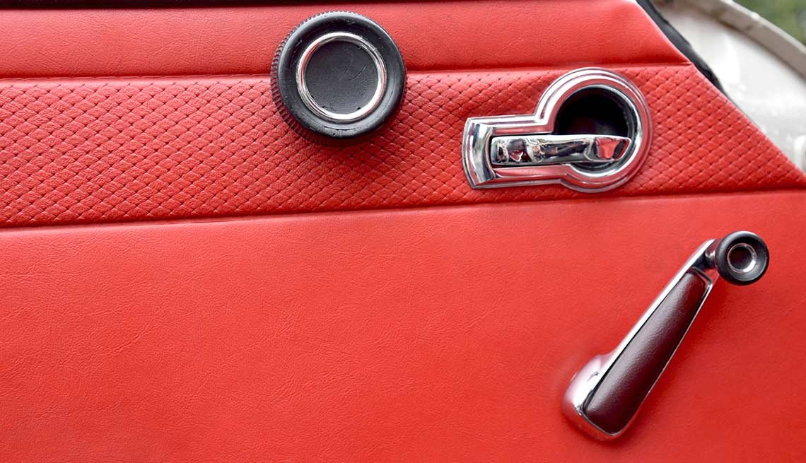 Remember When Cars Had These - hand crank windows