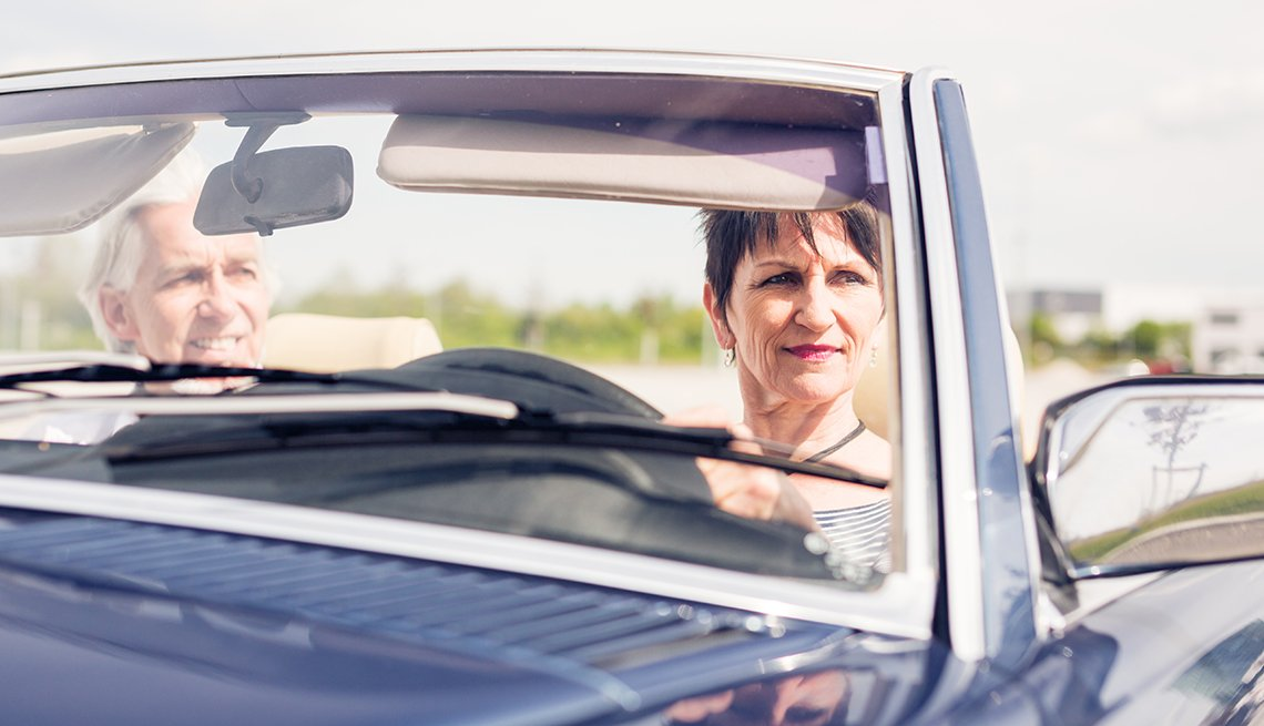Senior woman drives convertible, Older Drivers Improve Safety With Brain Training
