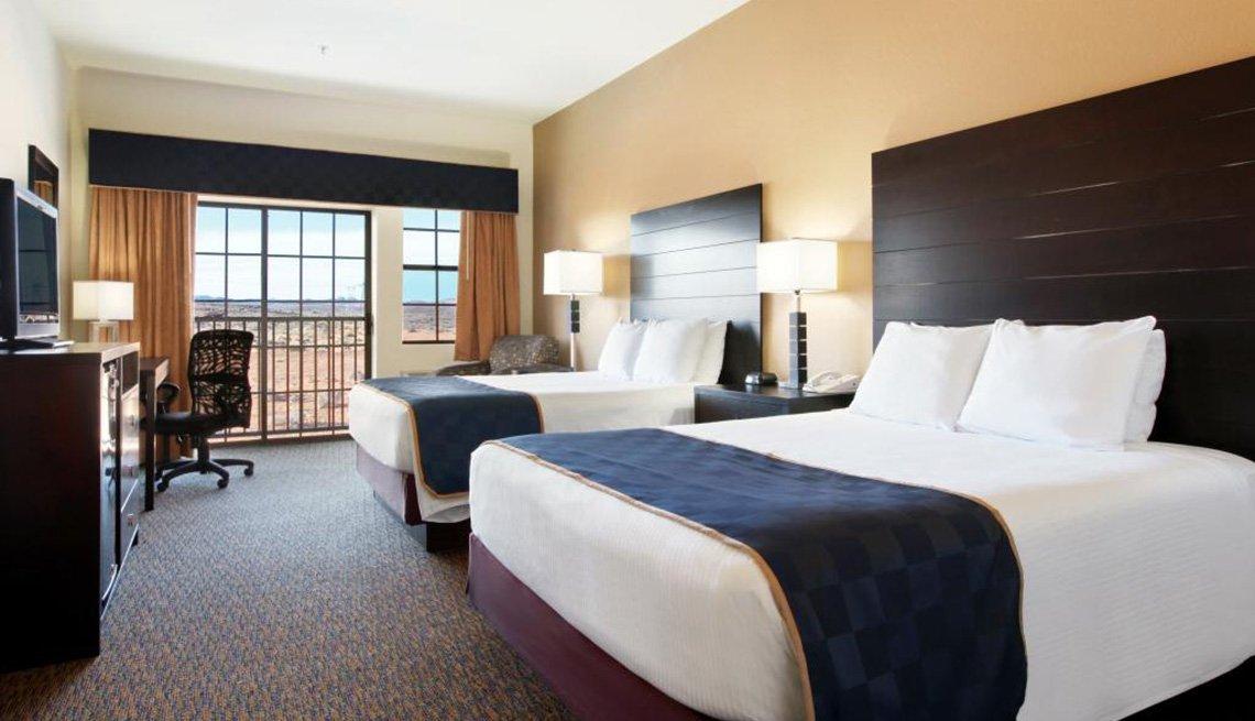 Hotel Room, Wyndham Days Inn