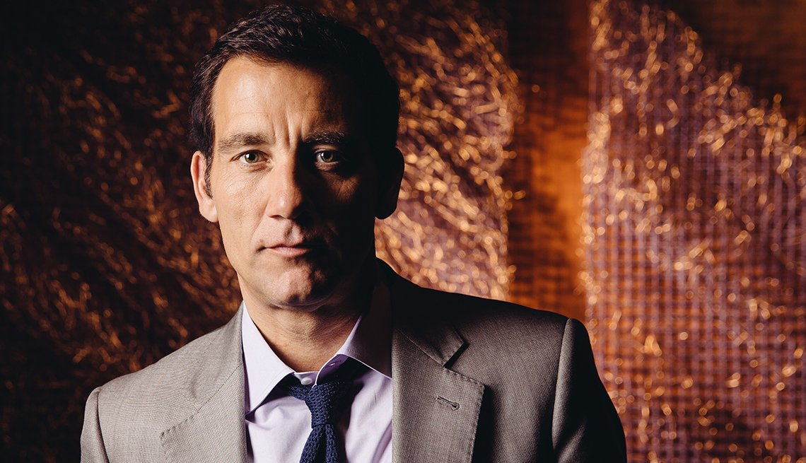 Clive Owen, 50, British, Actor, October 2014 Celebrity Birthday Milestones