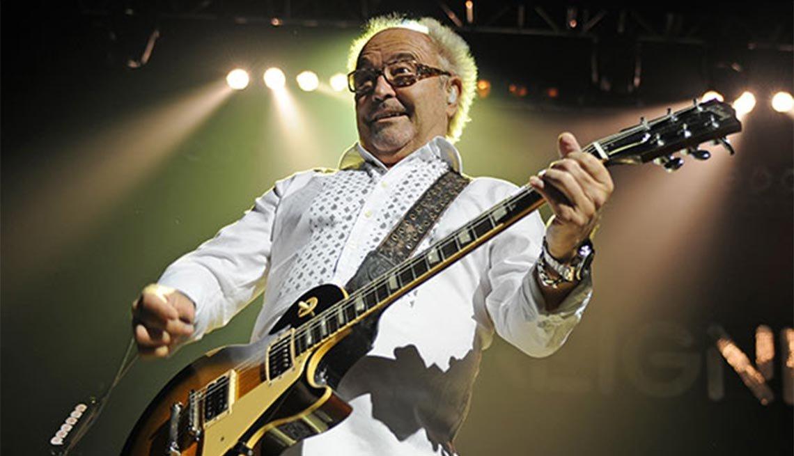 Mick Jones, 70