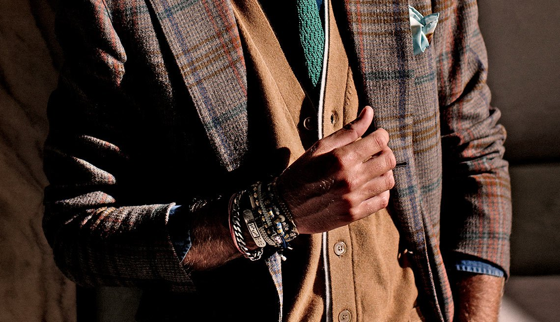 Mens Fashion, Bracelets, Tweed Jacket, Vest, Eight Styles For Color Shy Guys