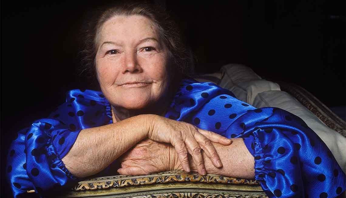 Famous People We've Lost in 2015, Colleen McCullough