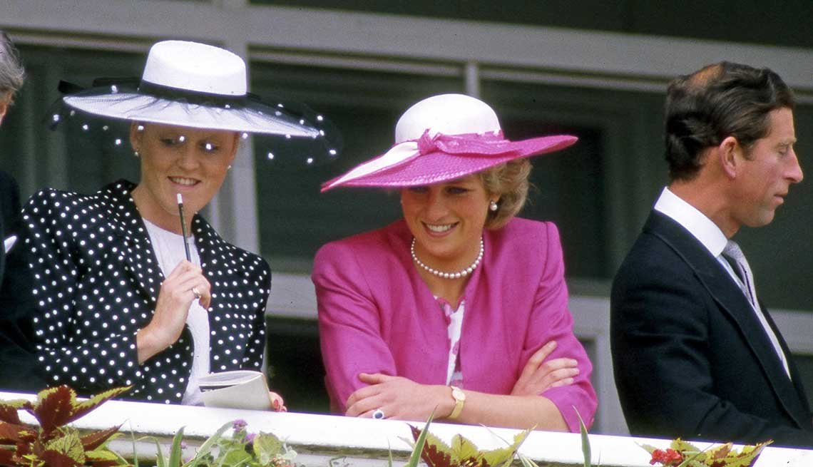 Sarah Ferguson, duquesa de York, Lady Diana y el príncipe Carlos