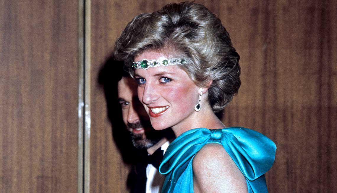 Princess Diana Necklace Headband