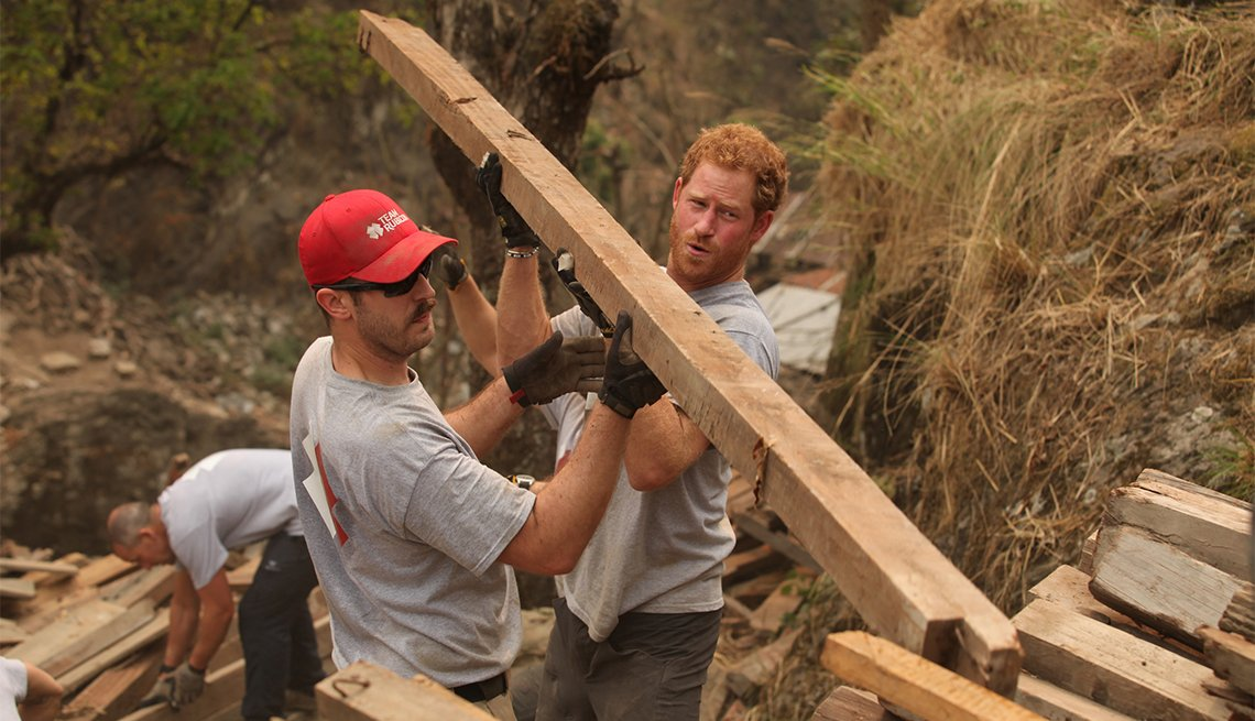 Prince Harry volunteers in Nepal