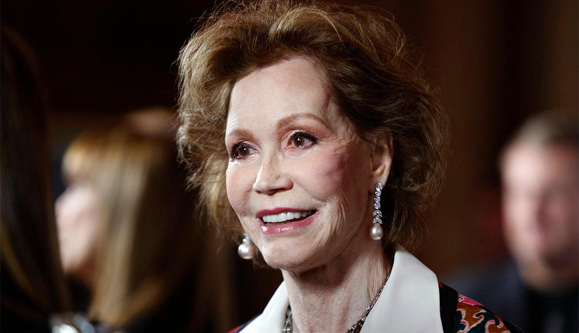 Mary Tyler Moore, 80
