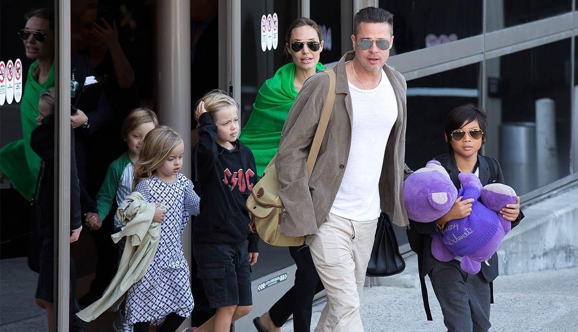 Brad Pitt, 52