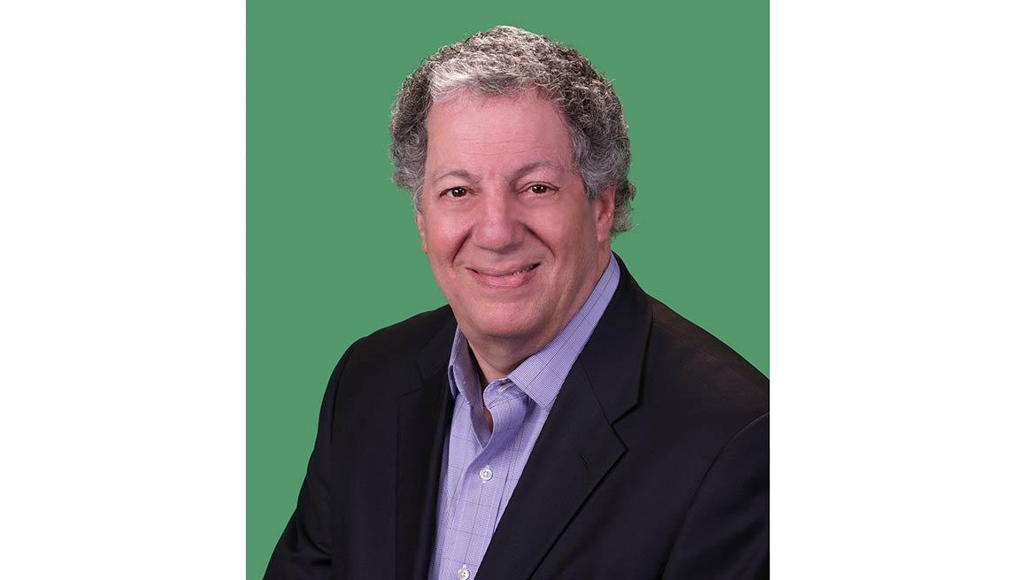 Howard Tischler, 62