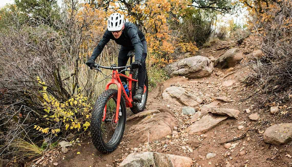 Ned Overend, 60, Cycling Champion