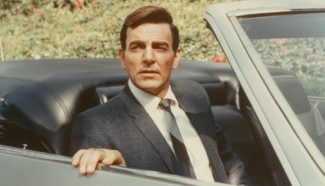 Mike Connors, actor, 91