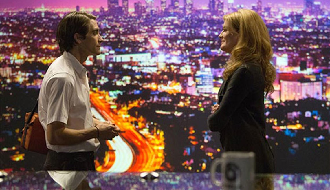 Jake Gyllenhaal and Rene Russo Star in Nightcrawler.