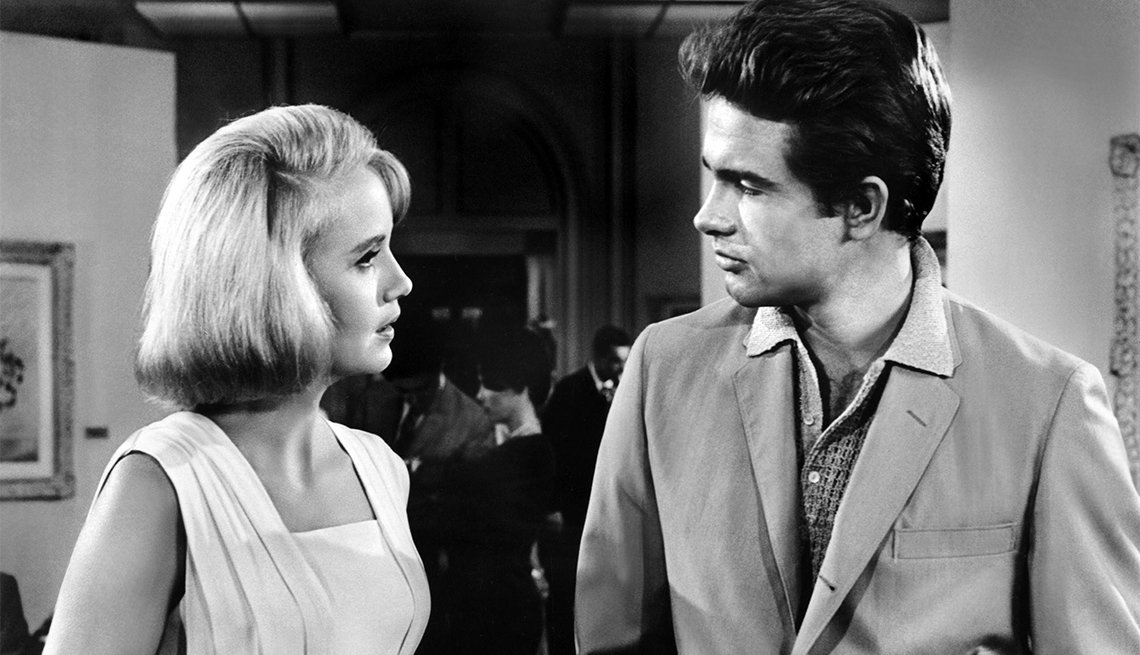 Eva Marie Saint and Warren Beatty in 'All Fall Down'