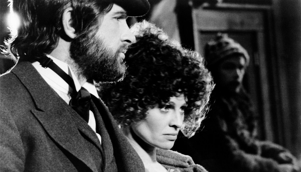Warren Beatty and Julie Christie in 'McCabe and Mrs. Miller'