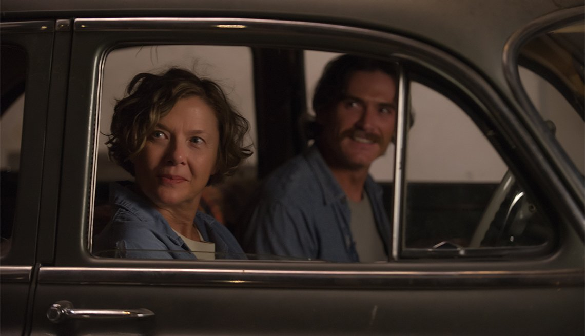 Annette Benning and Billy Crudup in '20th Century Women'