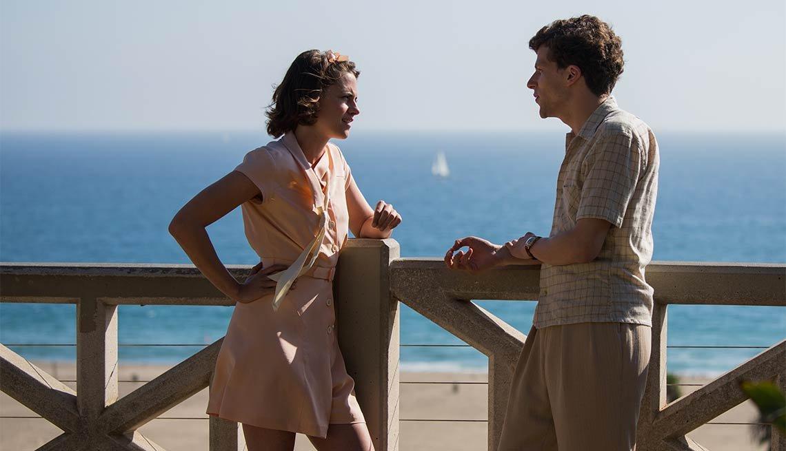 Kristen Stewart and Jesse Eisenberg in 'Cafe Society'