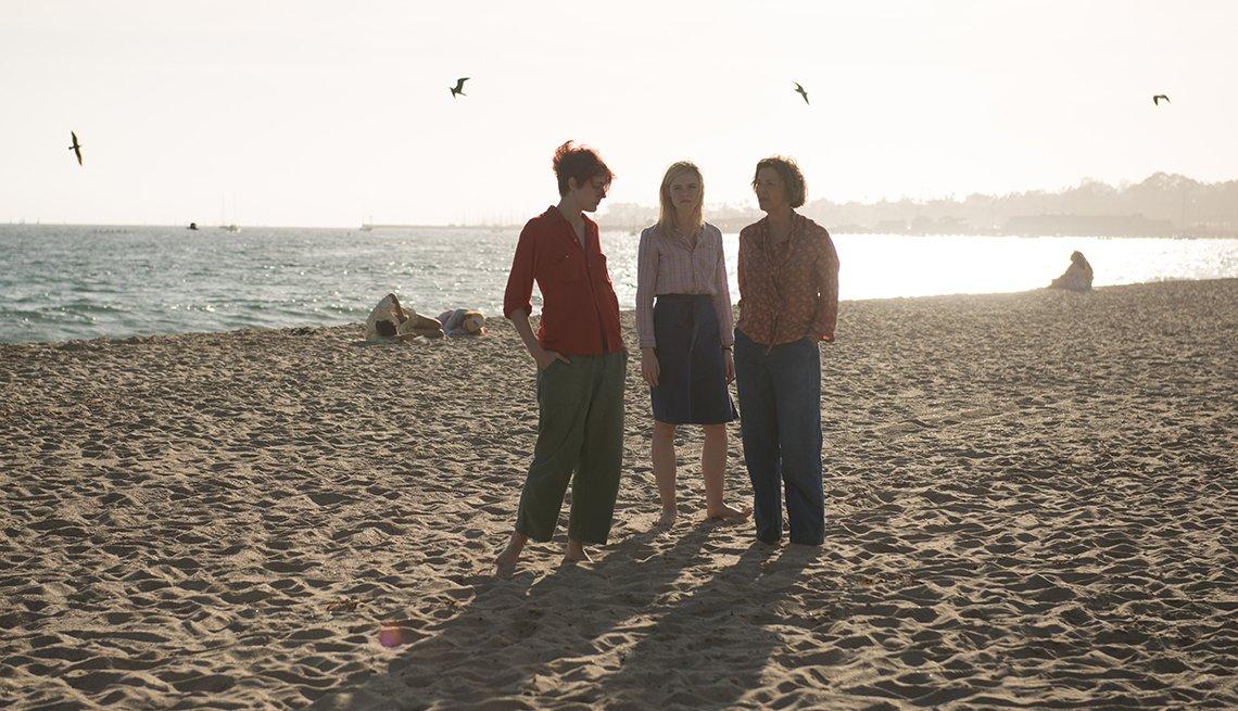 Greta Gerwig, Elle Fanning and Annette Bening in 20TH CENTURY WOMEN