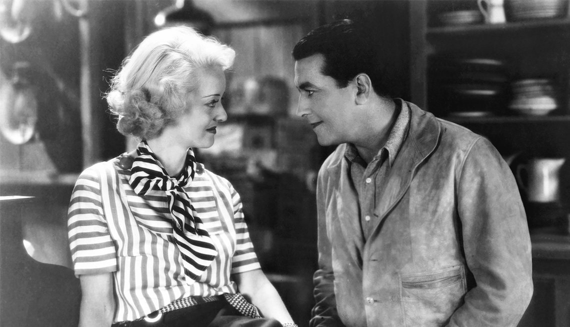 Bette Davis and Richard Barthelmess in 'Cabin in the Cotton'