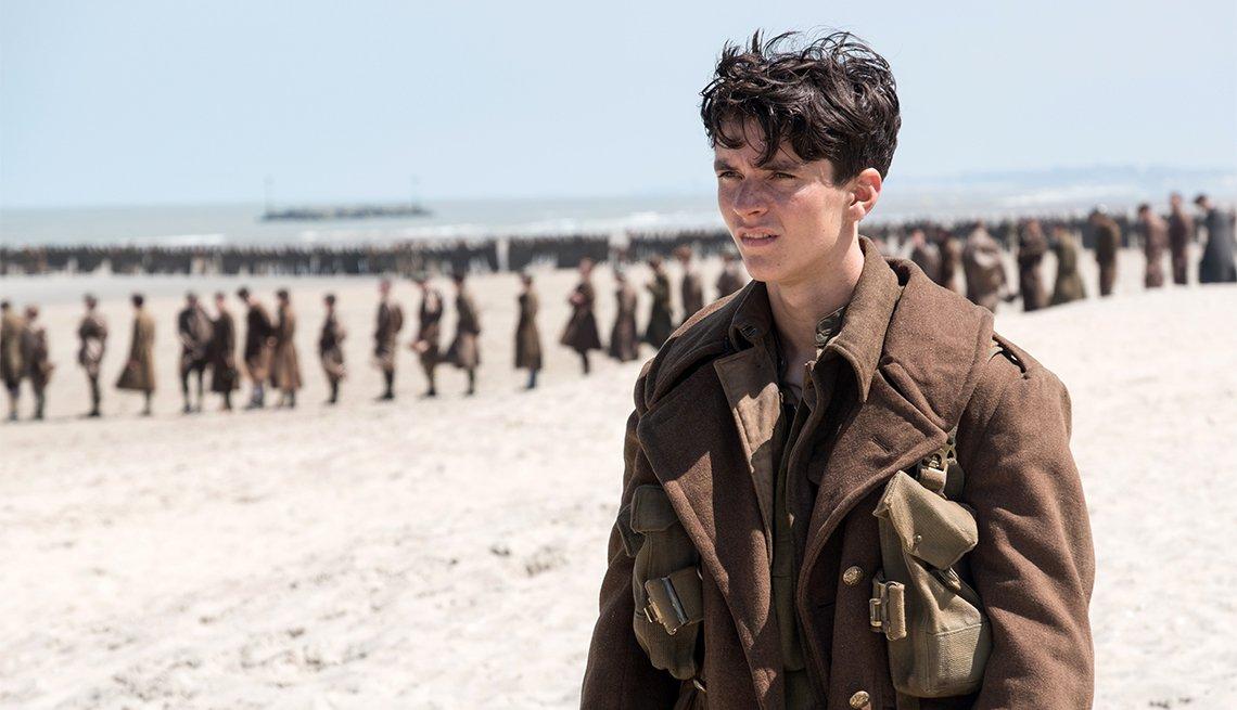 Fionn Whitehead in 'Dunkirk'