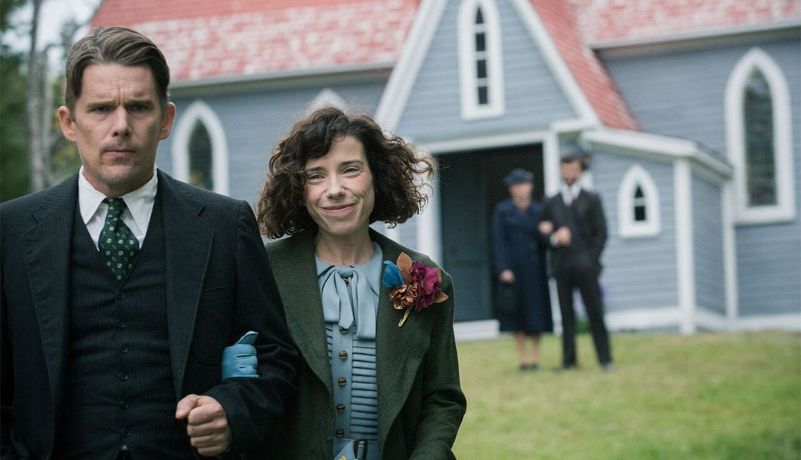 Ethan Hawke and Sally Hawkins in 'Maudie'