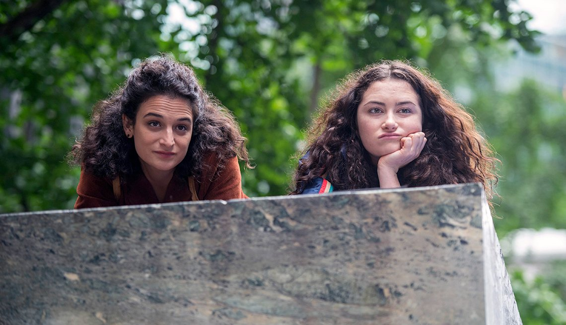 Jenny Slate and Abby Quinn in 'Landline'