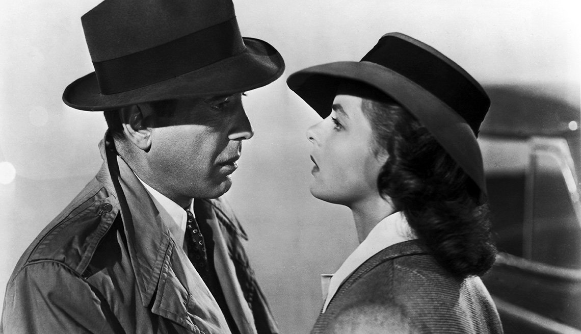 Humphrey Bogart and Ingrid Bergman star in the Warner Brothers film 'Casablanca', 1942.