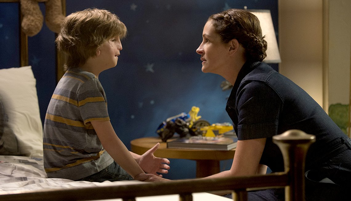 Jacob Tremblay and Julia Roberts as in 'Wonder'