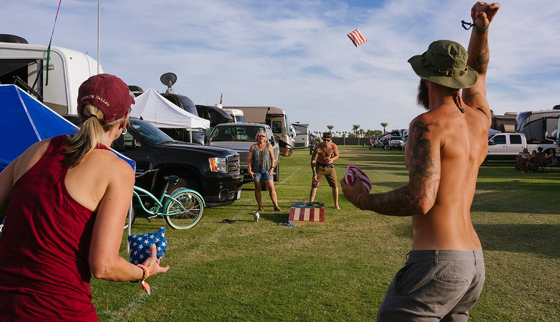 playin gcorn hole at the desert trip music festival