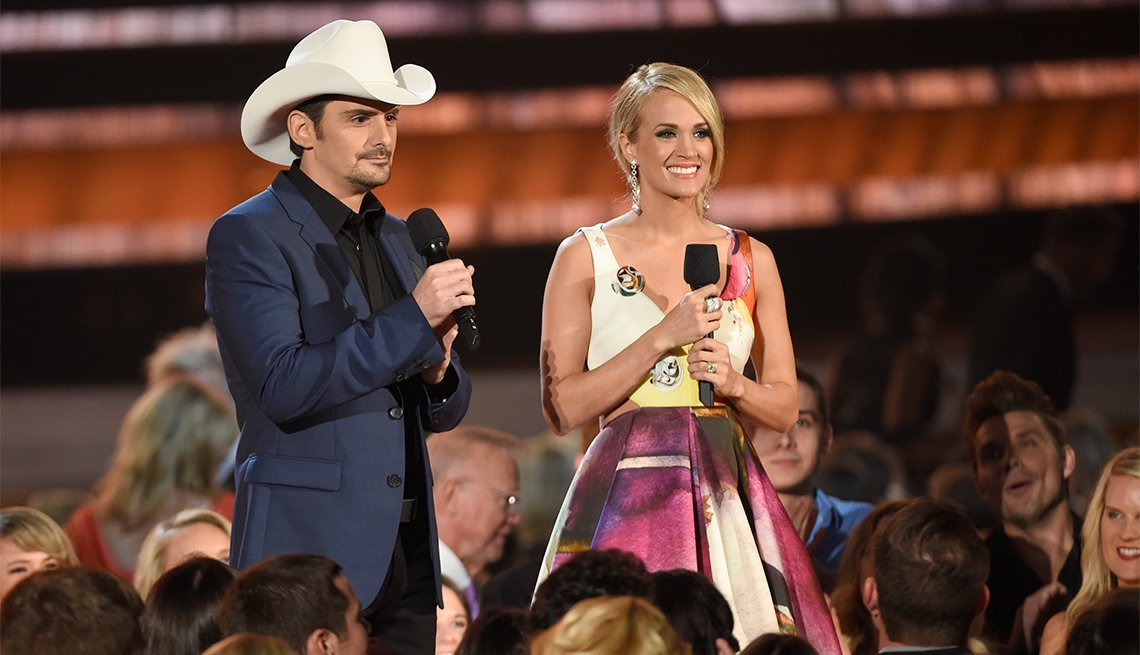 Brad Paisley and Carrie Underwood Host the 49th Annual CMA Awards