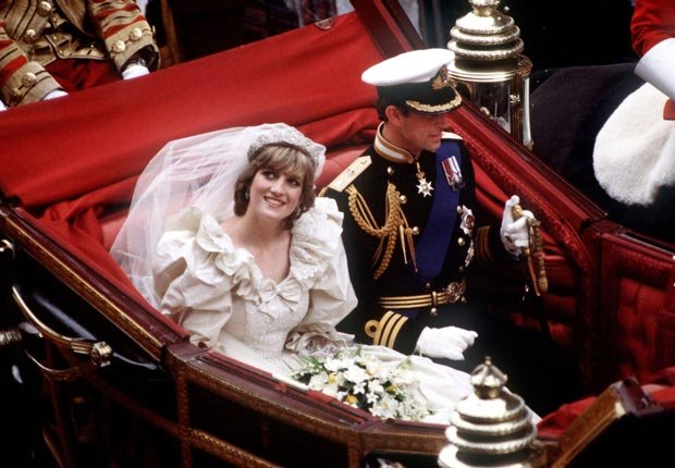 Princes Diana, wedding carriage (Princess Diana Archive/Getty Images)