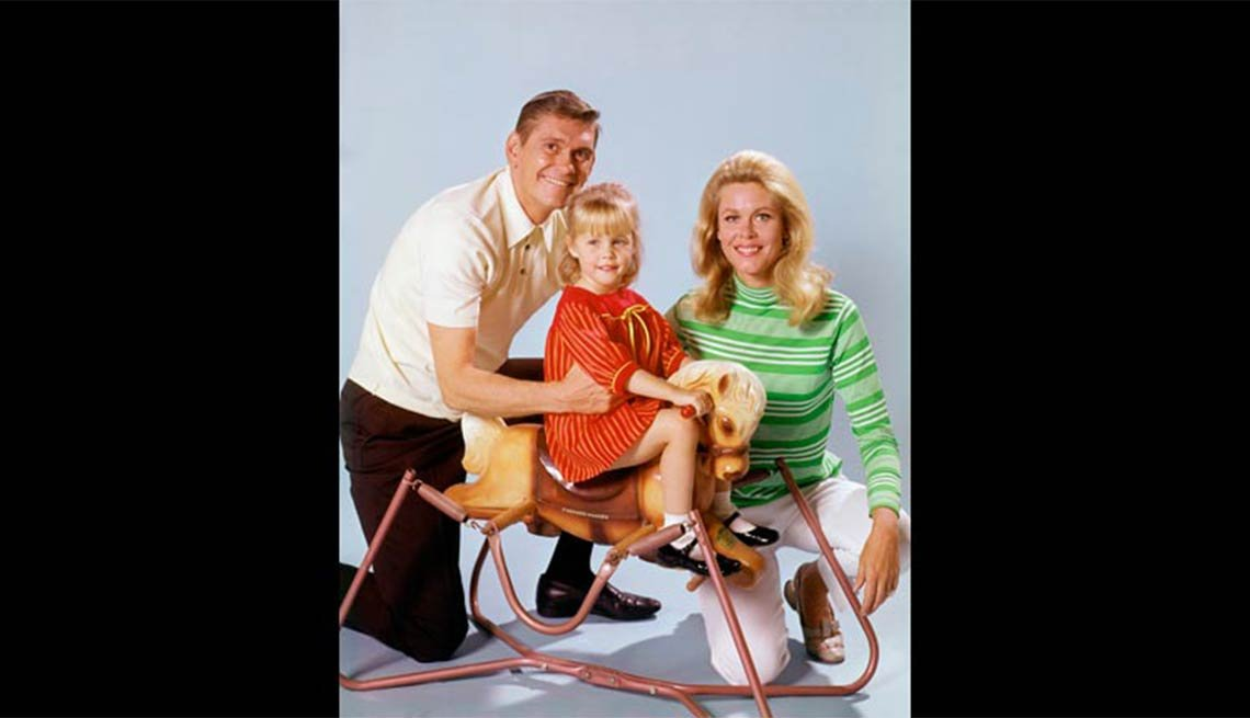 Child actress Erin Murphy with Dick York and Elizabeth Montgomery in Bewitched, Child stars
