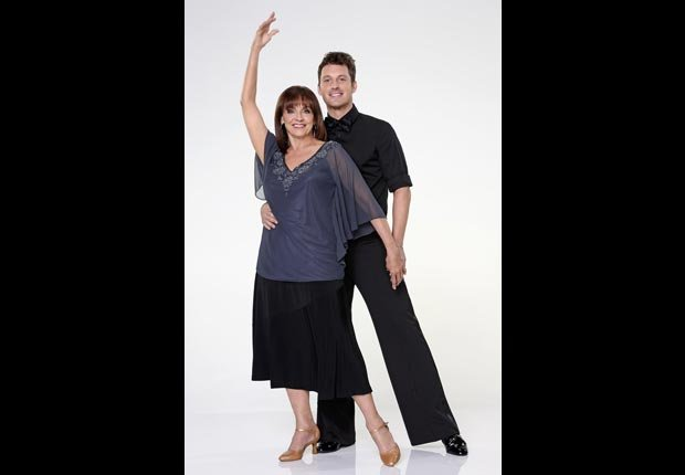 Valerie Harper partners with Tristan Macmanus on Dancing with the Stars (Craig Sjodin/ABC)