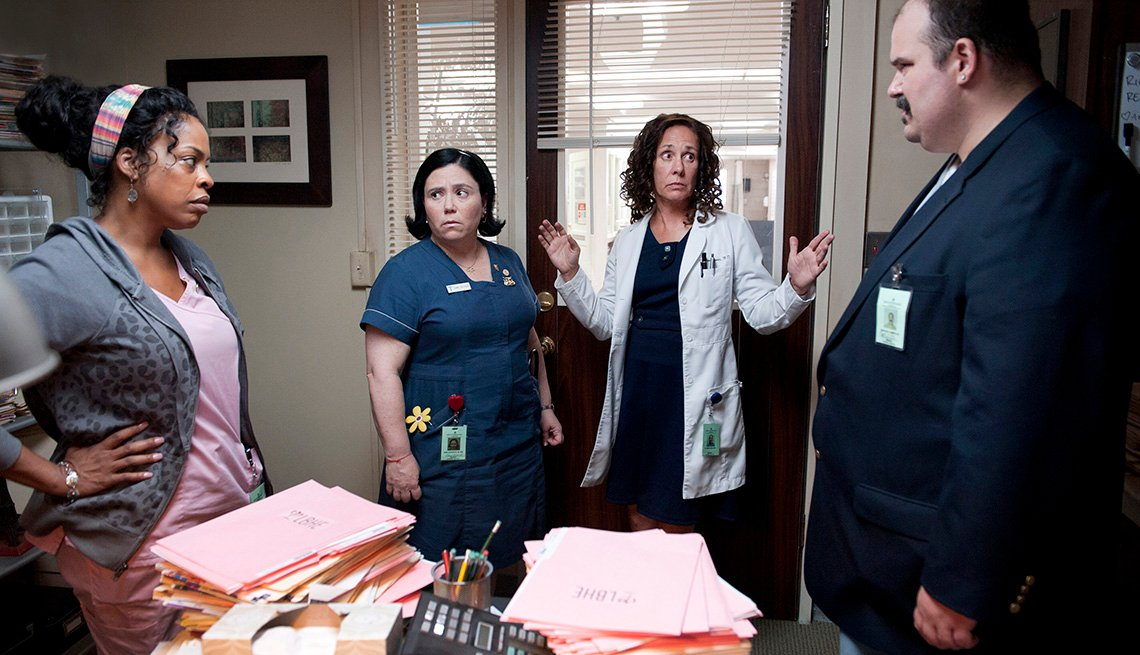 Niecy Nash, Mel Rodriguez, Alex Borstein, Laurie Metcalf, Getting On, HBO, Binge Worthy TV