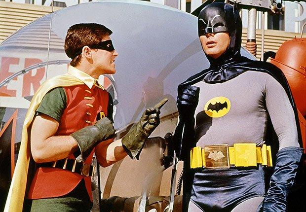 Robin talking to Batman