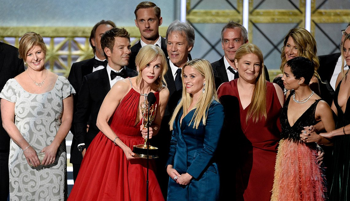 Nicole Kidman, Reese Witherspoon, and the case and crew accept the outstanding limited series award for 'Big Little Lies'