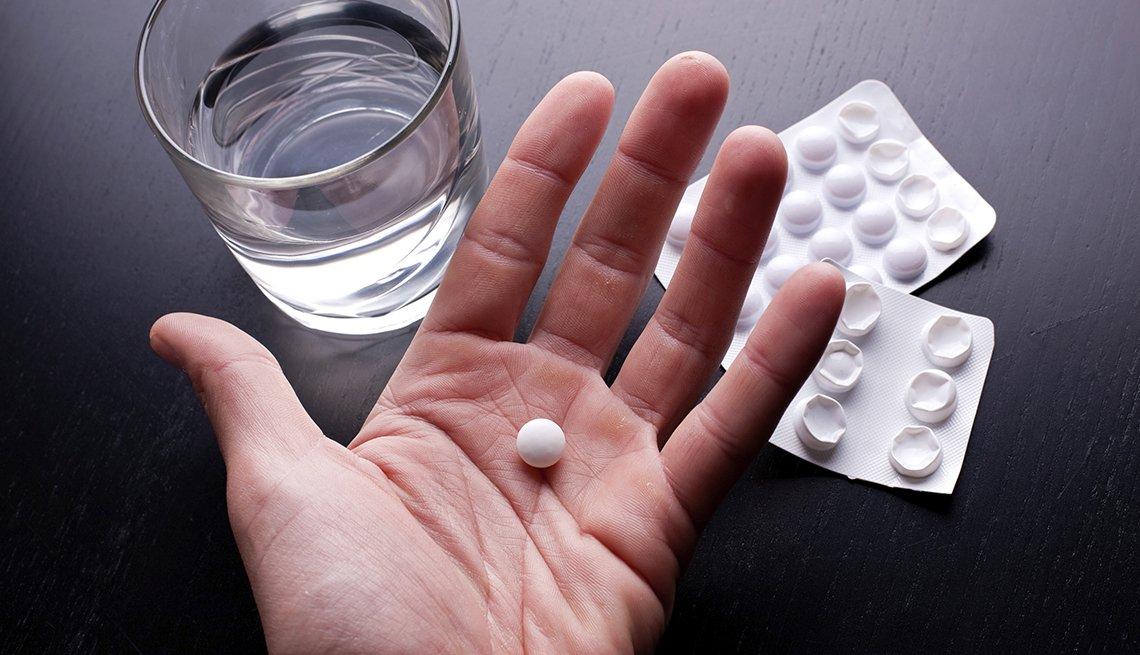 Medicamento en mano