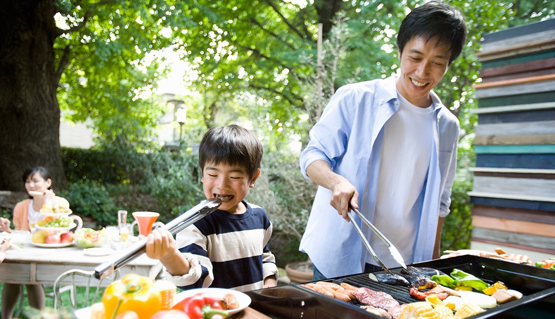 Reduce Cancer Risk from Outdoor Grilling