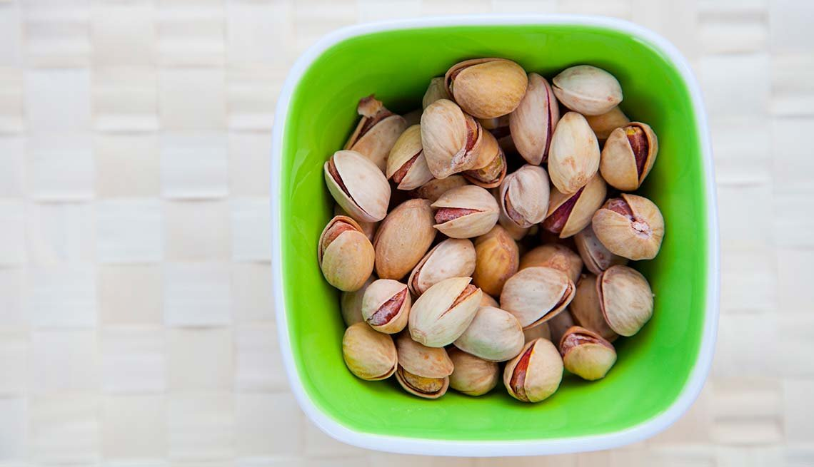 Pistachios in a bowl, Best Nuts Health