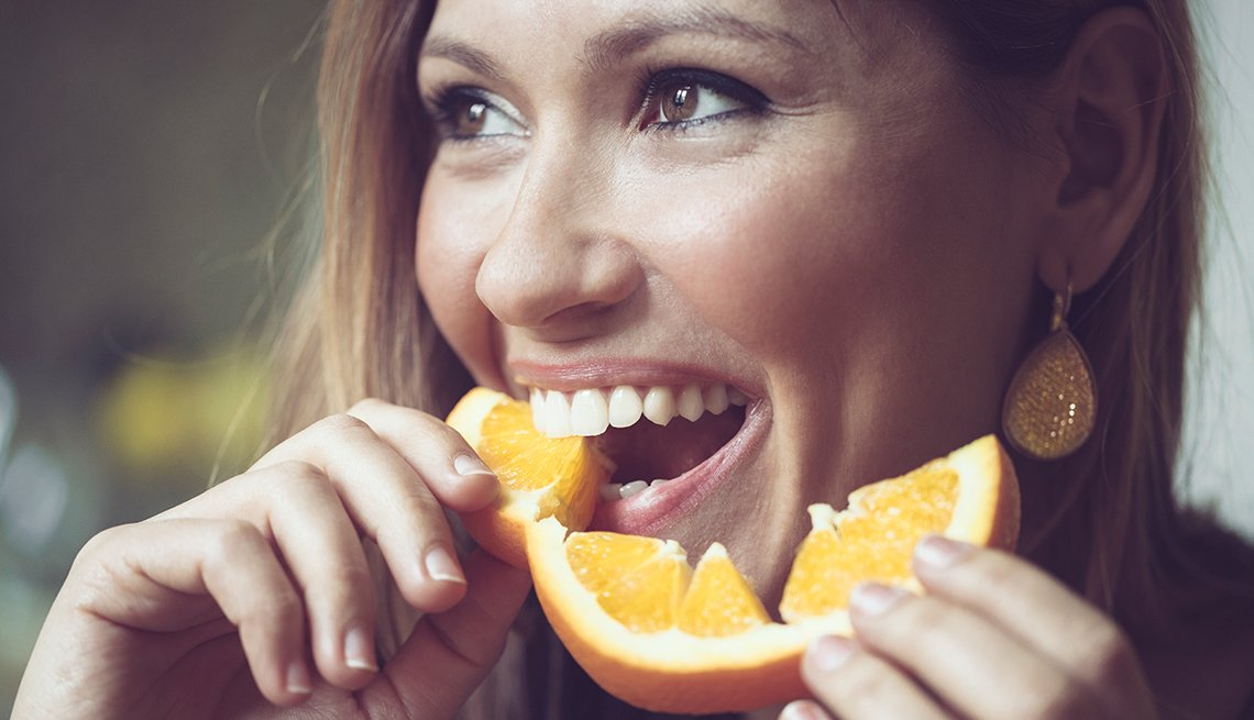 Eating Oranges Daily May Reduce Your Risk of Dementia