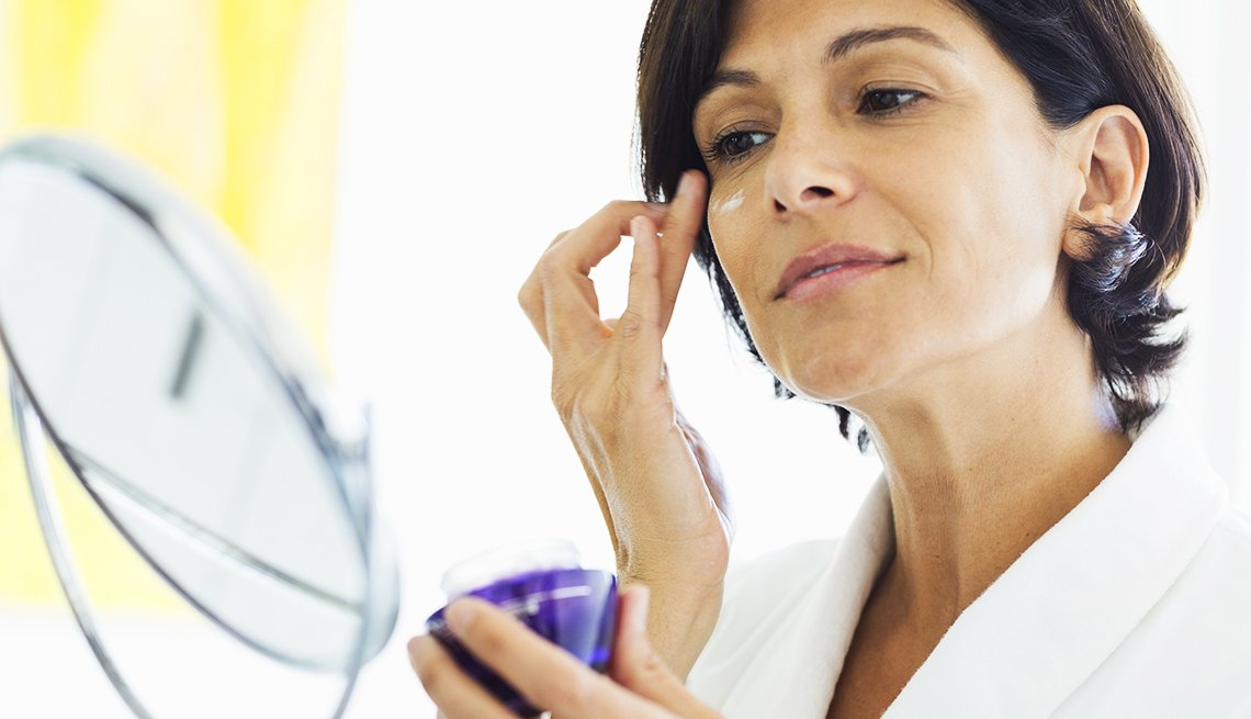 Moisturizers labeled 'hypoallergenic' may still have scents, toxic chemicals