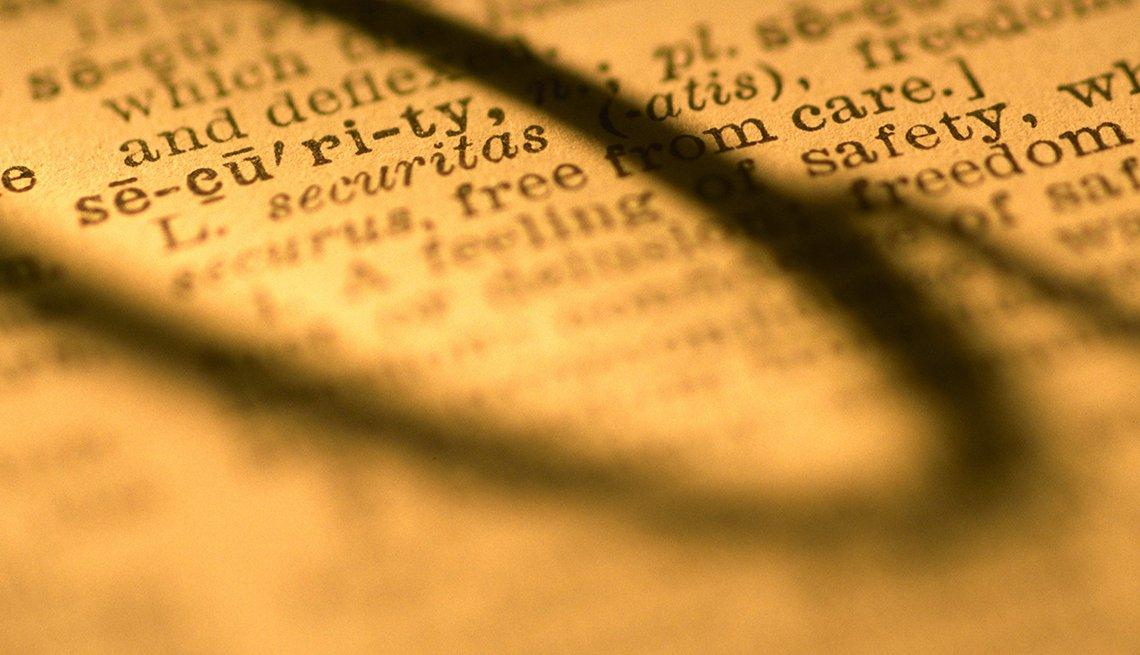 Cómo pagar los cuidados a largo plazo - Página diccionario muestra la palabra seguridad en inglés