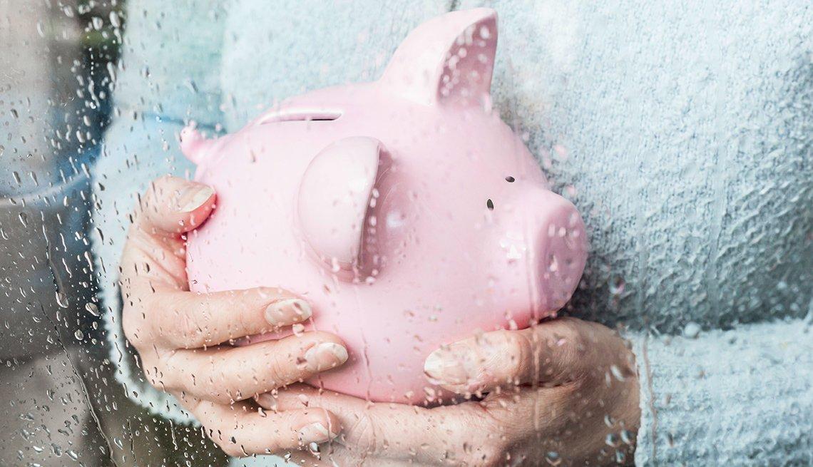 Vaciar los ahorros de jubilación para cubrir las responsabilidades del cuidado