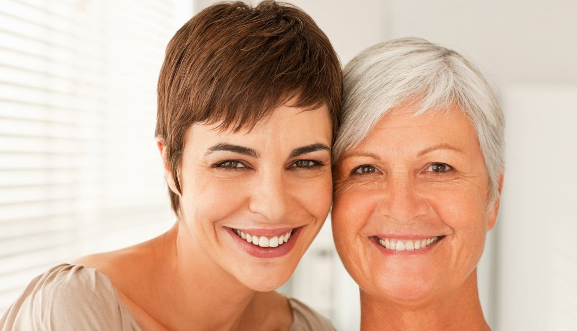 Mother and Daughter Together, Dating Advice From Mom and Dad?!