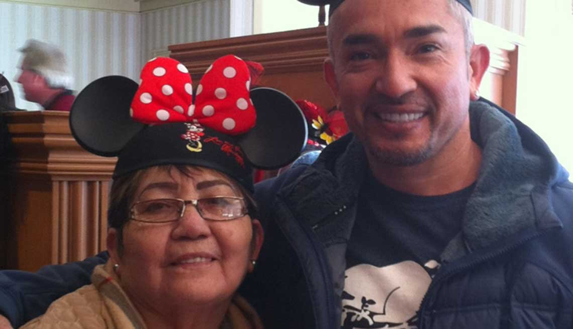 Cesar Millan, Dog Trainer, Dog Whisperer, Celebrity Mother's Day Gifts