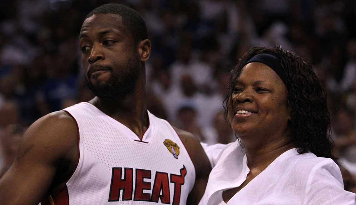 Dwayne Wade, NBA, Athlete, Basketball, Celebrity Mother's Day Gifts