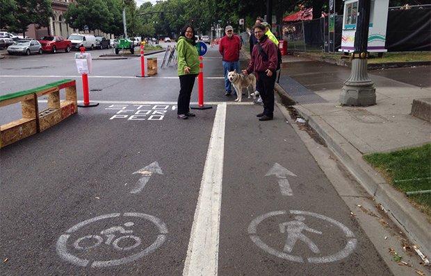 Pedestrian and bike lane in Portland, Oregon