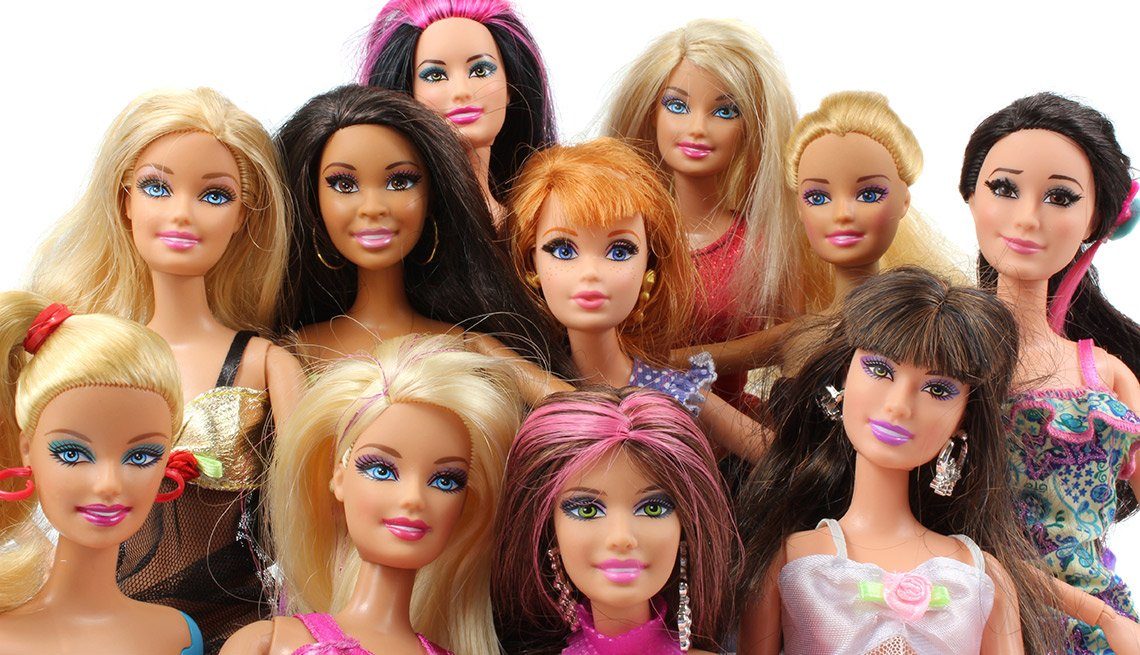 """Easiest Things to Sell at a Yard Sale - """"Retro"""" Toys and Dolls"""