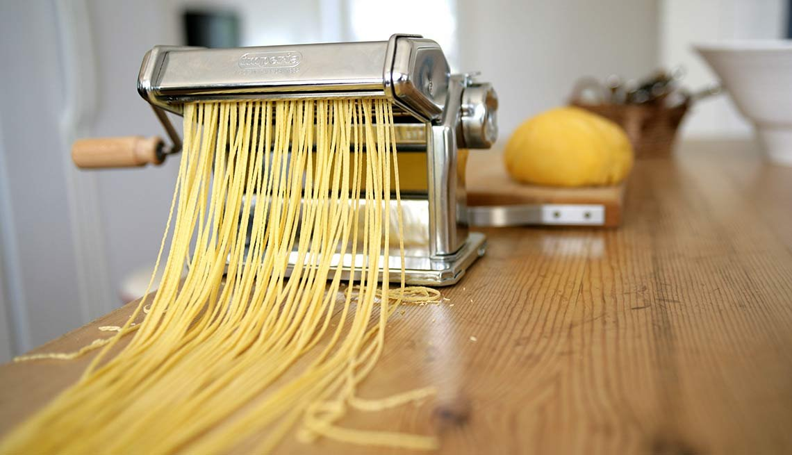 10 Money Wasters - Specialized Kitchen Appliances